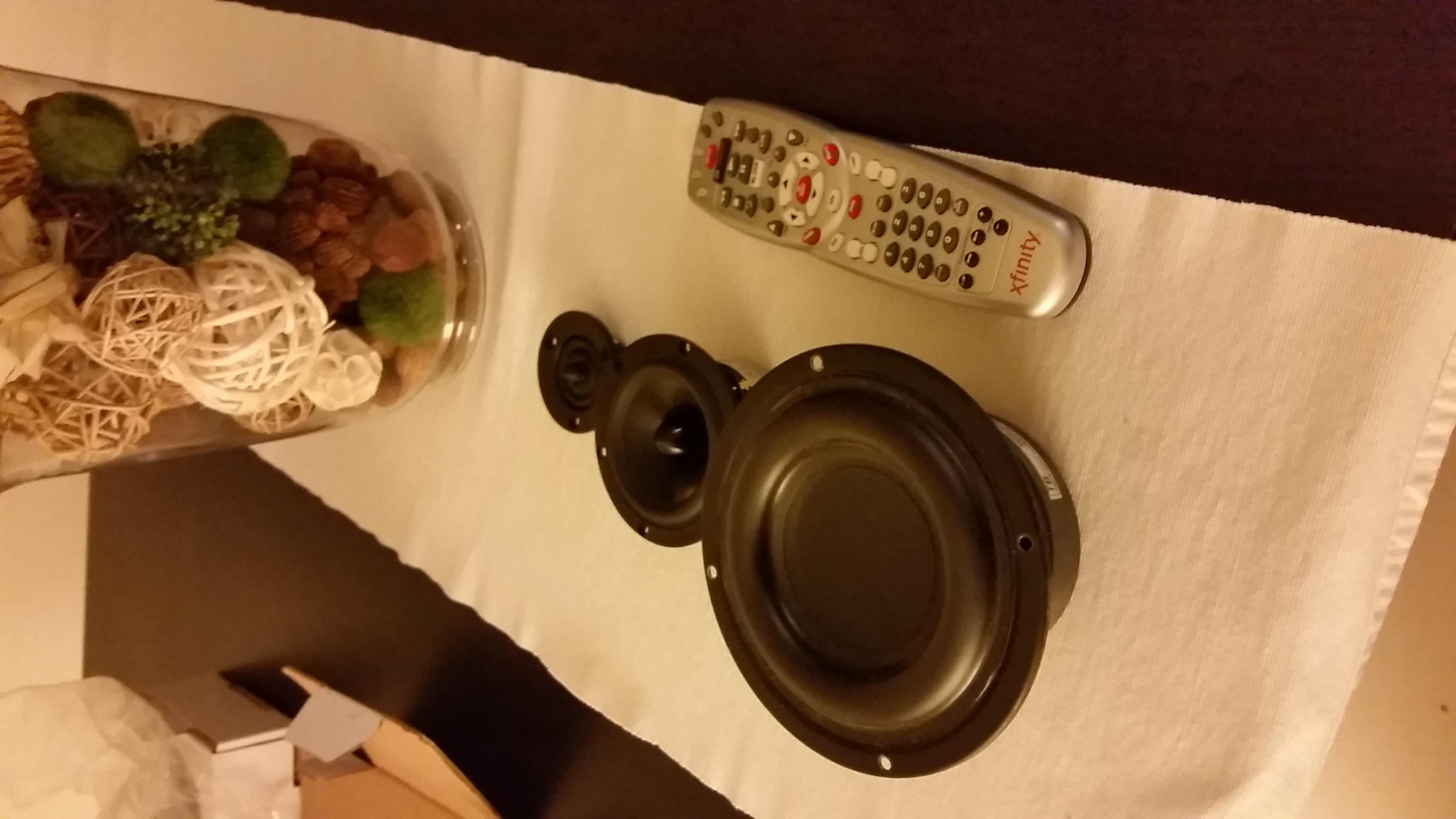 W5-1138smf + rs100-4 + xt25c90-04 - Techtalk Speaker ...
