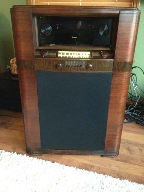 Old Radio Cabinet Repurposed Into Speaker Techtalk