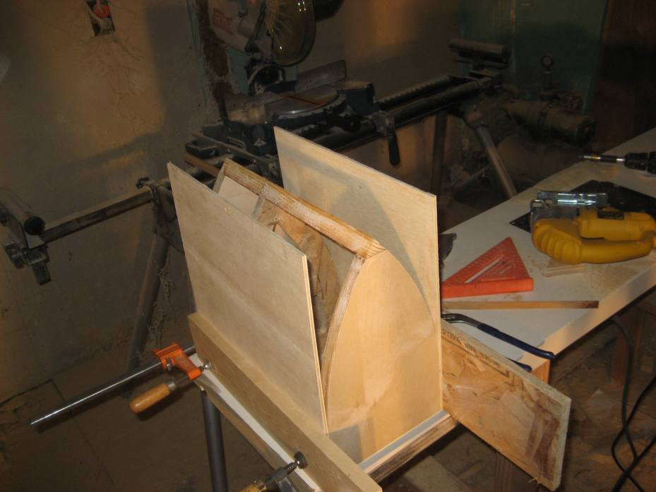 Building Curved Cabinets Using 1 4 Ply