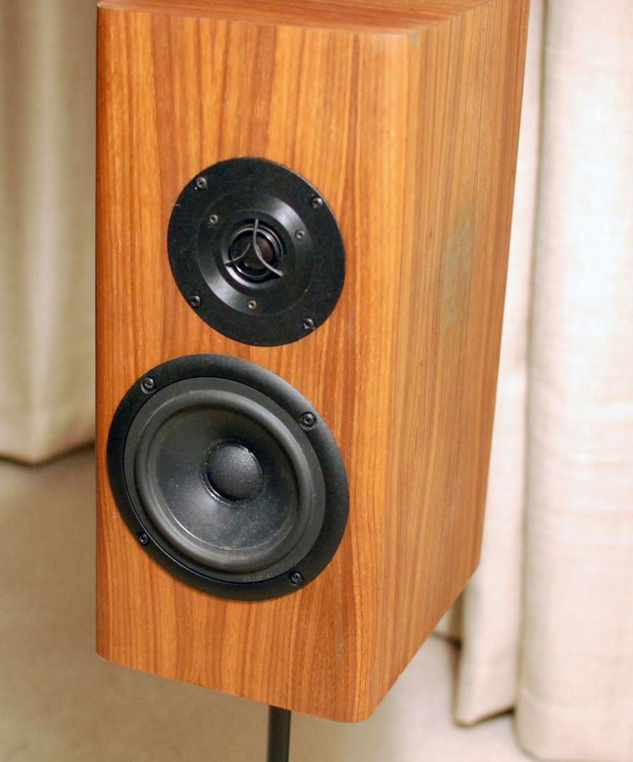 FS: Vifa, Seas, Silver flute complete and un assembled speakers